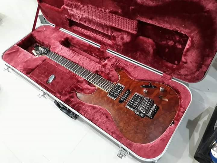 Ibanez Prestige S2170 (พร้อม Case) -  กีต้าร์มือสอง เปียนโนมือสอง เบสมือสอง และเครื่องดนตรีมือสองจากญี่ปุ่น (Guitar Cafe Thailand : E-Commerce Guitar and Musical Instrument) จำหน่ายกีต้าร์มือ 2 เครื่องดนตรีมือ 2 นำเข้าจากญี่ปุ่น ของคัดแล้ว ราคากันเอง                                       กีต้าร์มือสอง ลงประกาศฟรี เว็บลงประกาศฟรี ลงประกาศ ประกาศฟรี ลงโฆษณาฟรี เว็บลงโฆษณาฟรี ลงโฆษณา โฆษณาฟรี ช๊อบปิ้ง ช้อบปิ้ง ออนไลน์ ฟรี ขายสินค้าออนไลน์ ฟรีร้านค้าออนไลน์ เปิดร้านขายของออนไลน์ฟรี สมัครฟรี ร้านค้าออนไลน์